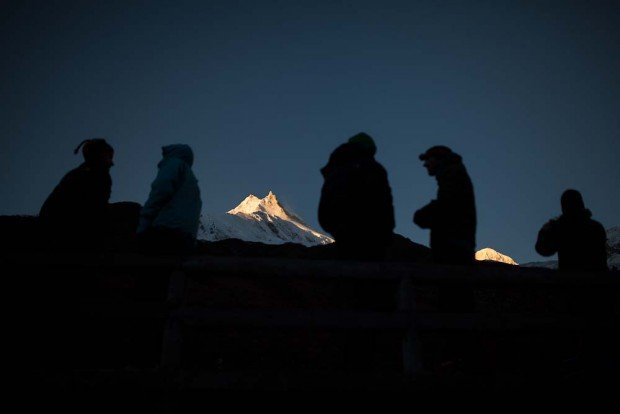manaslu at dawn watching sunrise